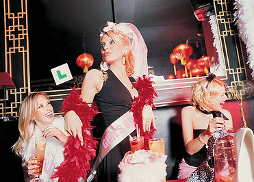 NEW YORK CITY BAR CRAWL BACHELORETTES