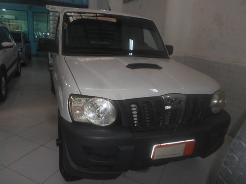 Mahindra    PICKUP CD HWK 4X4 CARROCERIA