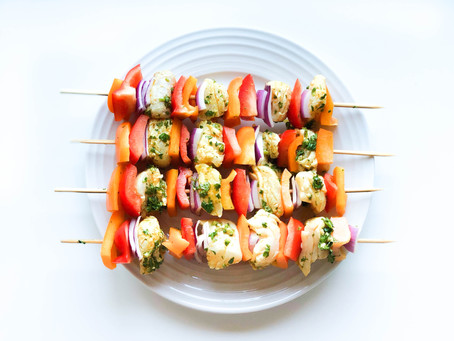 Fish Skewers with Many Spices and Lots of Parsley