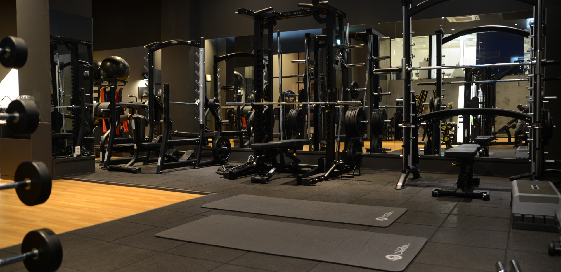 WEIGHT TRAINING ZONE