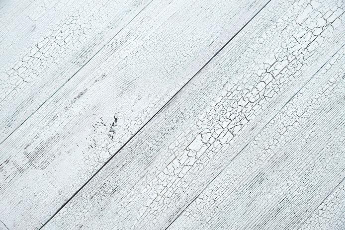 wooden-background-P7APZU2.jpg