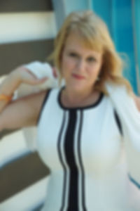 Dr. Julie McLaughlin