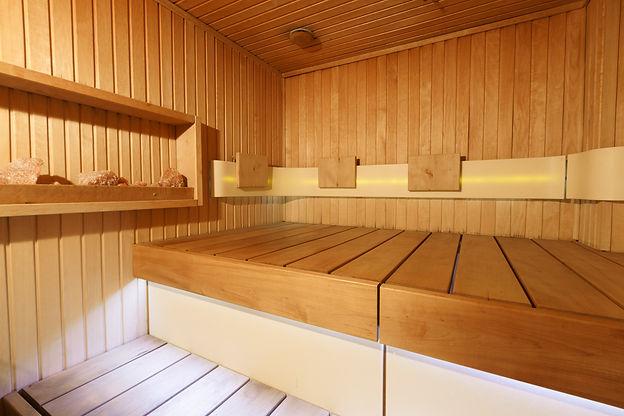 Losing weight in infrared sauna