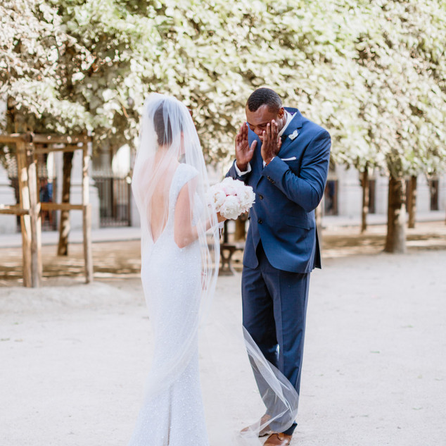 Elegant & Timeless Wedding