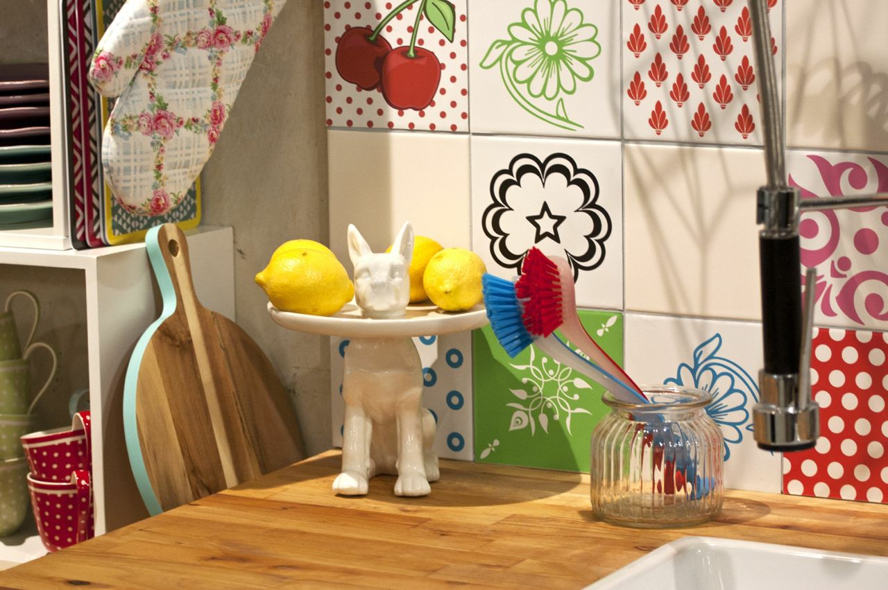 Küche_Hundeetagere.jpg