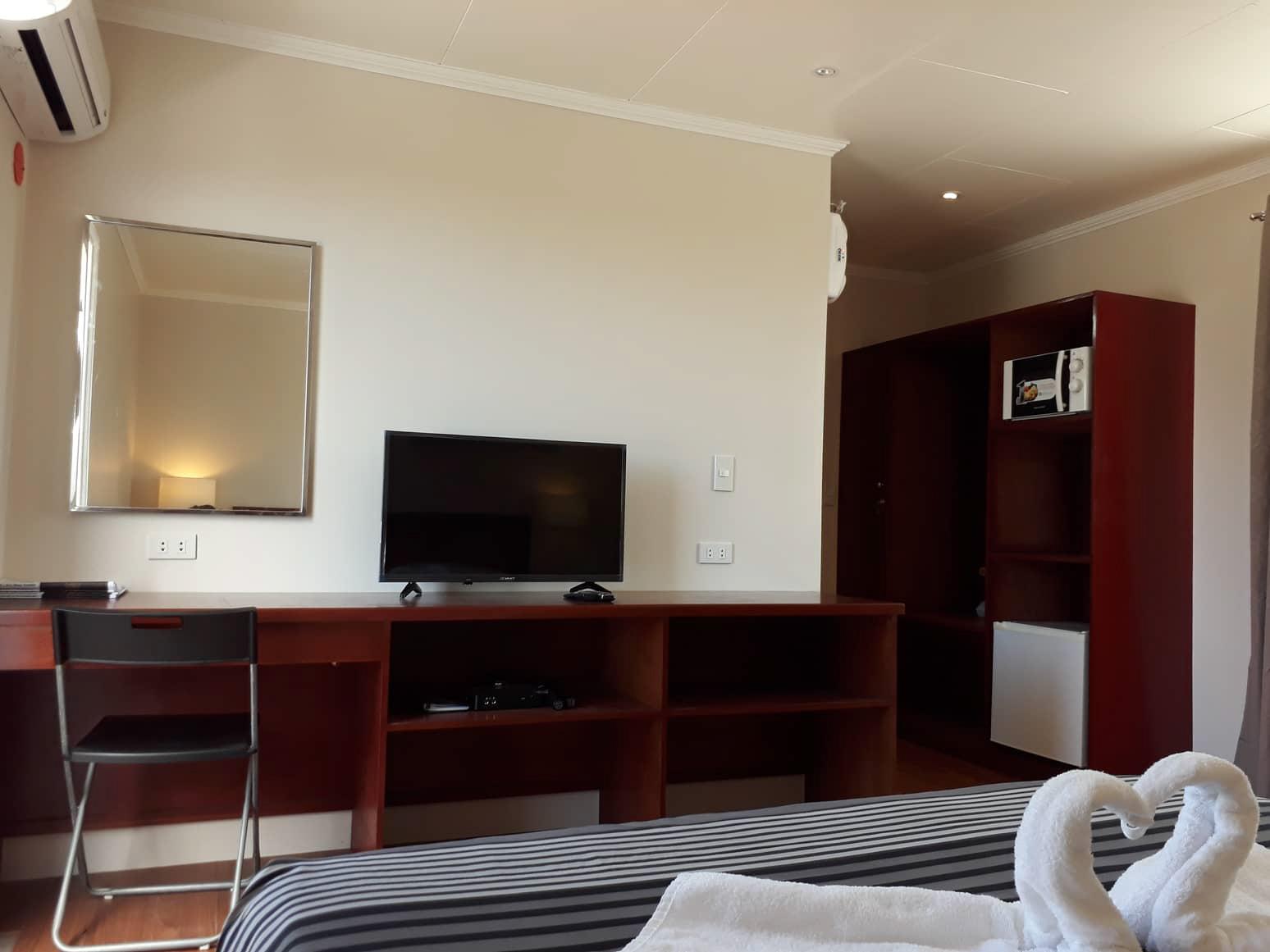 Room 8 Cabinets
