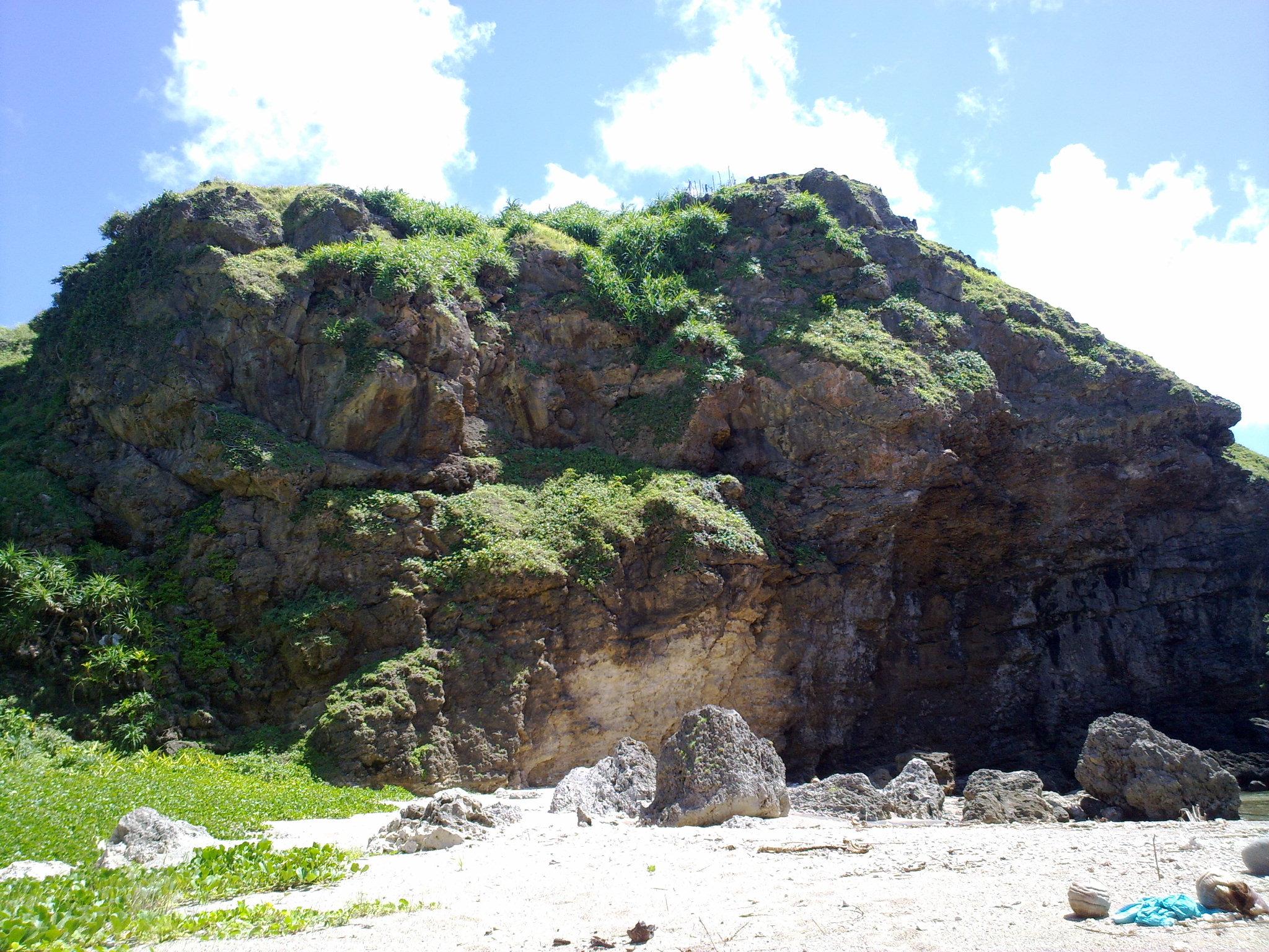 Nakabuang Beach