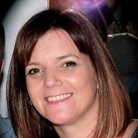 lisa Thacker (002).png