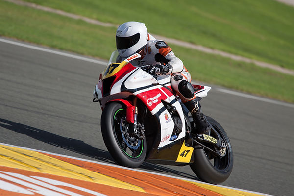 Motobike-shutterstock_486044149.jpg