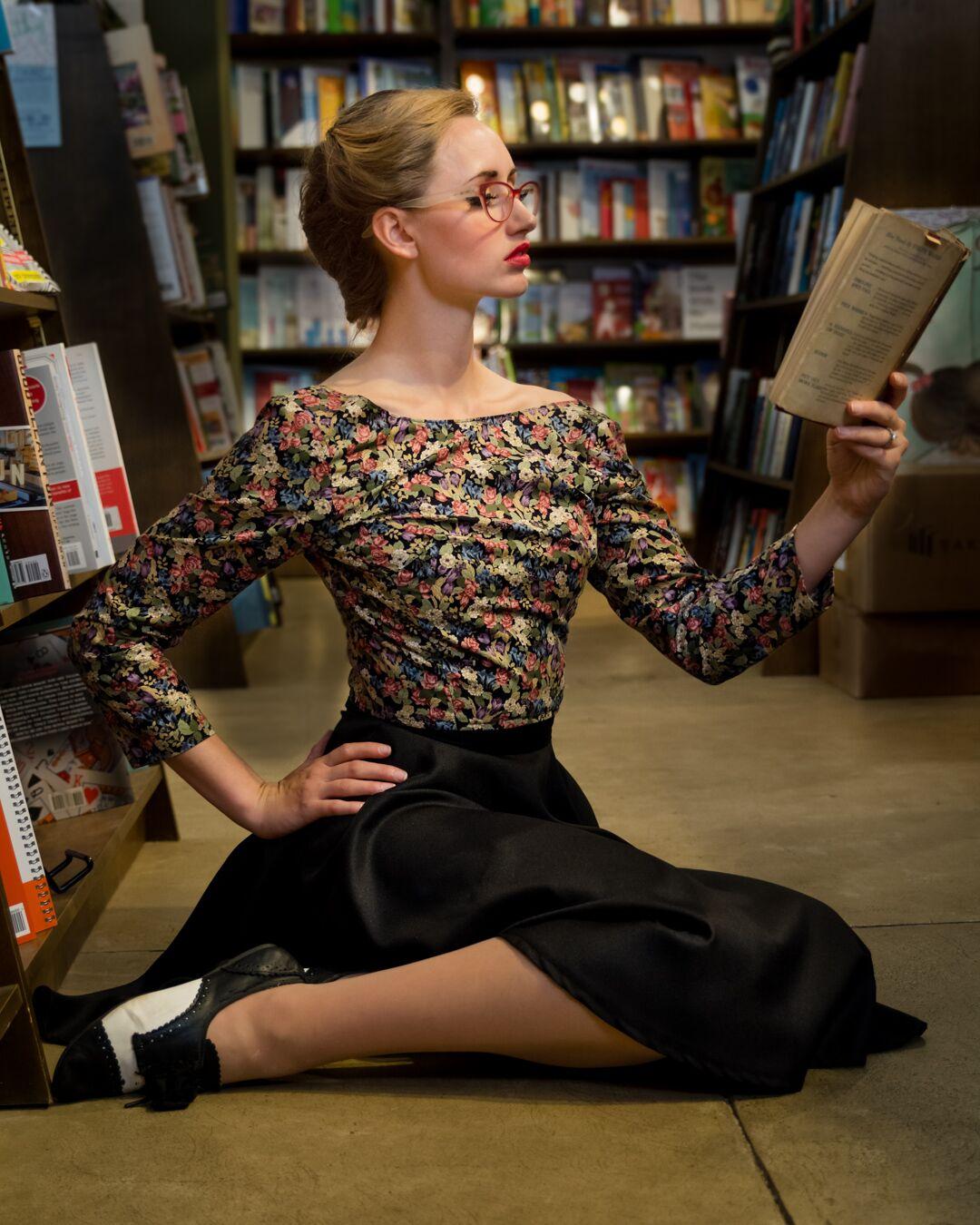 Model: Deborah Hahn