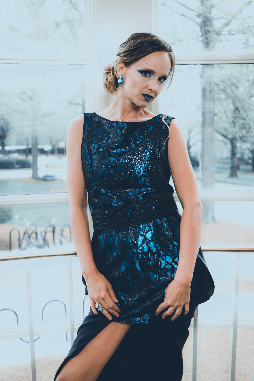 Model: Leslie Hickum