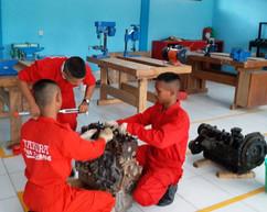 Pembelajaran Praktek Perawatan Mesin