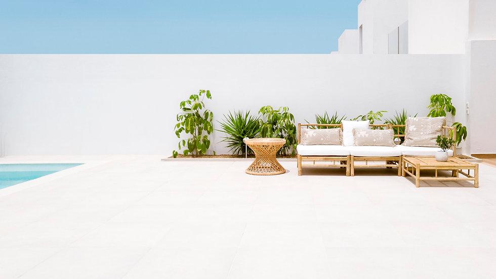 Villa de estilo mediterráneo ibicenco en Villaverde, La Oliva, Fuerteventura. Gestión integral de la reforma, diseño y decoración del hogar por Noogar.