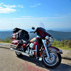Harley in Arkansas 092104