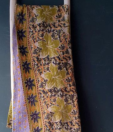 Khanta vintage, pièce unique, 143 x 205 cm