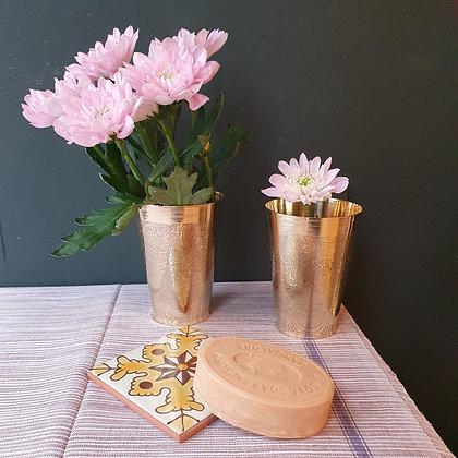 """Vase """"UDAIPUR"""" en bronze ciselé"""