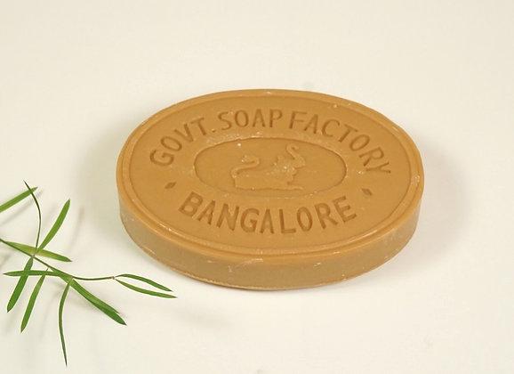 Savon Indien à l'huile de bois de santal