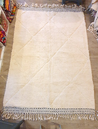 Grand tapis BENI OUARAIN 1.90 m x 2.80 m authentique blanc