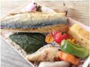 yohaku_food_01.jpg