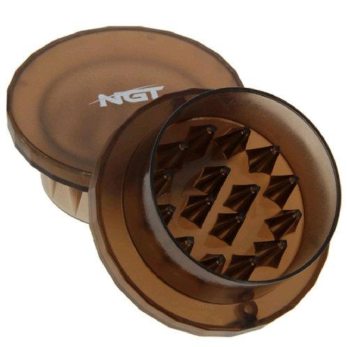 NGT Handheld bait grinder