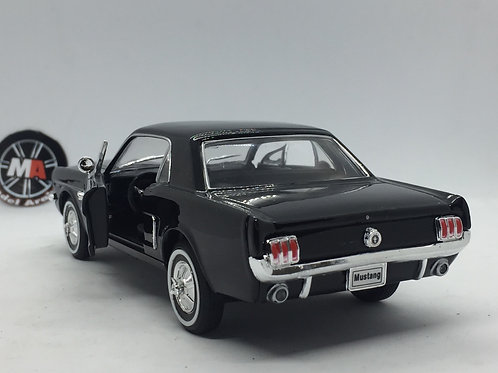 1964 Ford Mustang Coupe 1/24 Diecast model