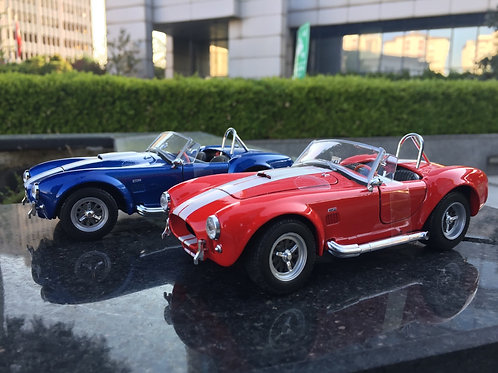 1/24 1965 Shelby Cobra Diecast Model