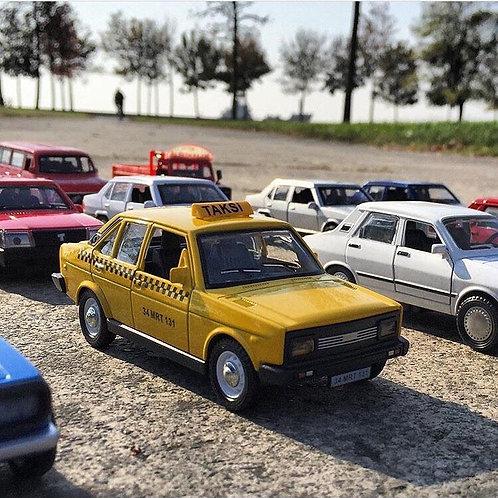 1/36 Ölçek Murat 131 taksi