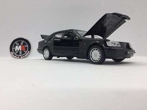 1:32 Ölçek Mercedes metal araba