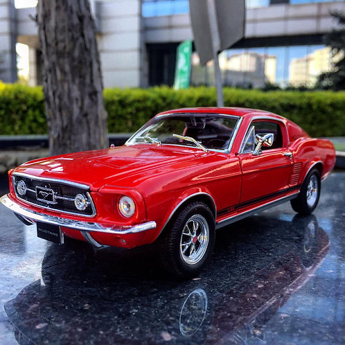 1/24 1967 Ford Mustang