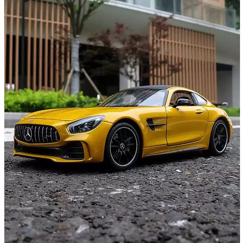 Mercedes Amg Gt 1/24 Diecast model