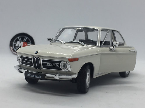 Bmw 2002ti (1967-1969) 1/24 Diecast model