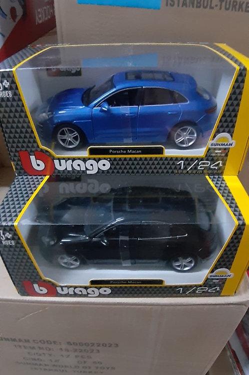 1/24 Porsche Macan diecast model
