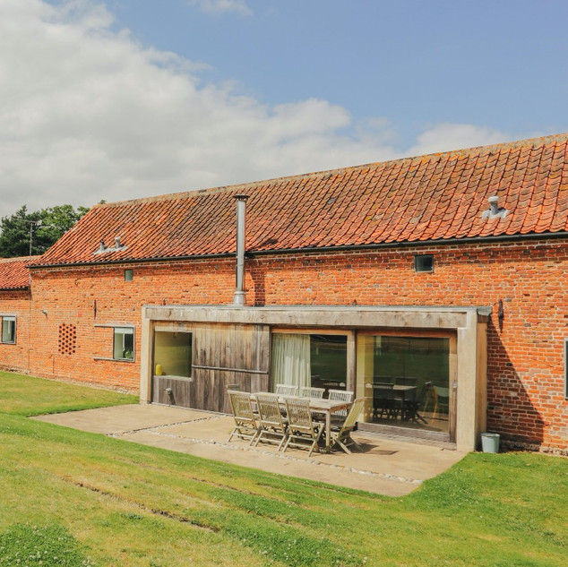 Hall Barn holiday cottage