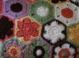 crocheted-afghan-1427825_1920.jpg