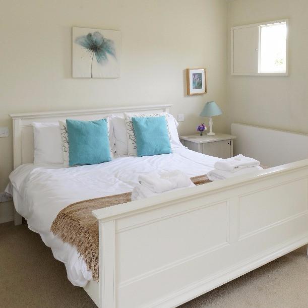 Quaker Barn master bedroom