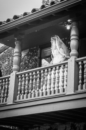 bride's balcony
