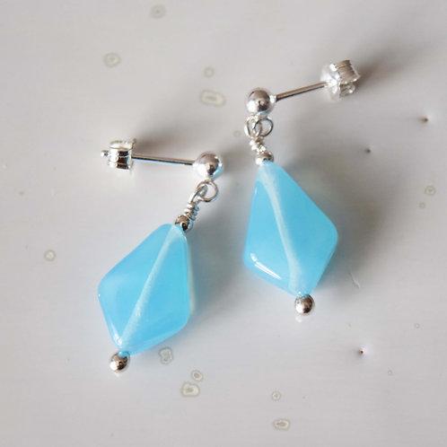 Boucles d'oreilles Bleu Opal OSMOSE | Perles de verre Losange Argent 925