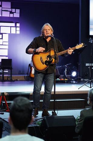 Doug Macfarlane; Singer; Music; Church; Evangelist; Christian; Australia; Gospel; Pastor; Song; Outreach; Speaker;