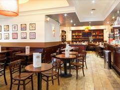 cafe-la-place-bar.png