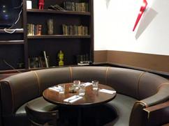 salle-restaurant-table-ronde.jpg