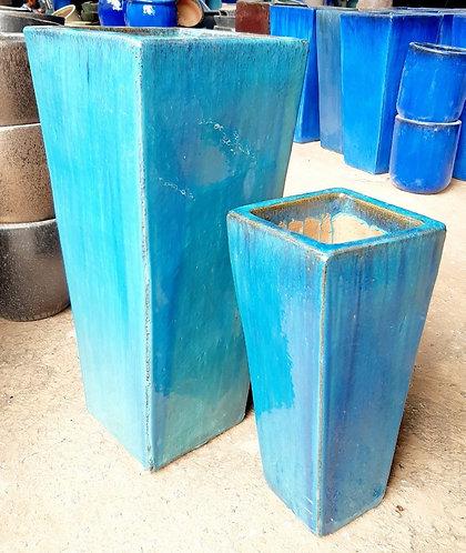 72143 Square Vase Falling Green