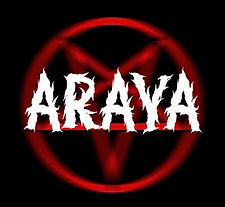 ArayA Blur Pent 2.jpg