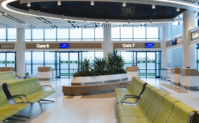 airport-ceiling.jpg