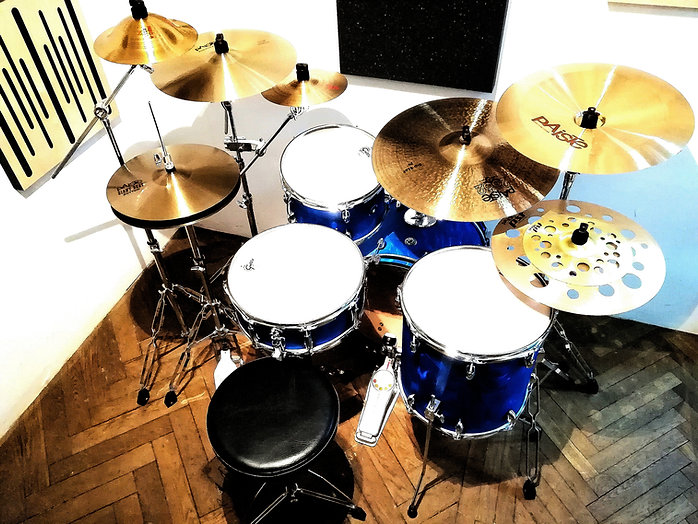 Nauka gry na perkusji, Zestaw perkusyjny