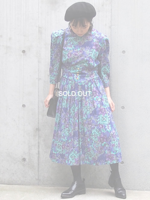FLORAL PLEATED DESIGN VINTAGE DRESS