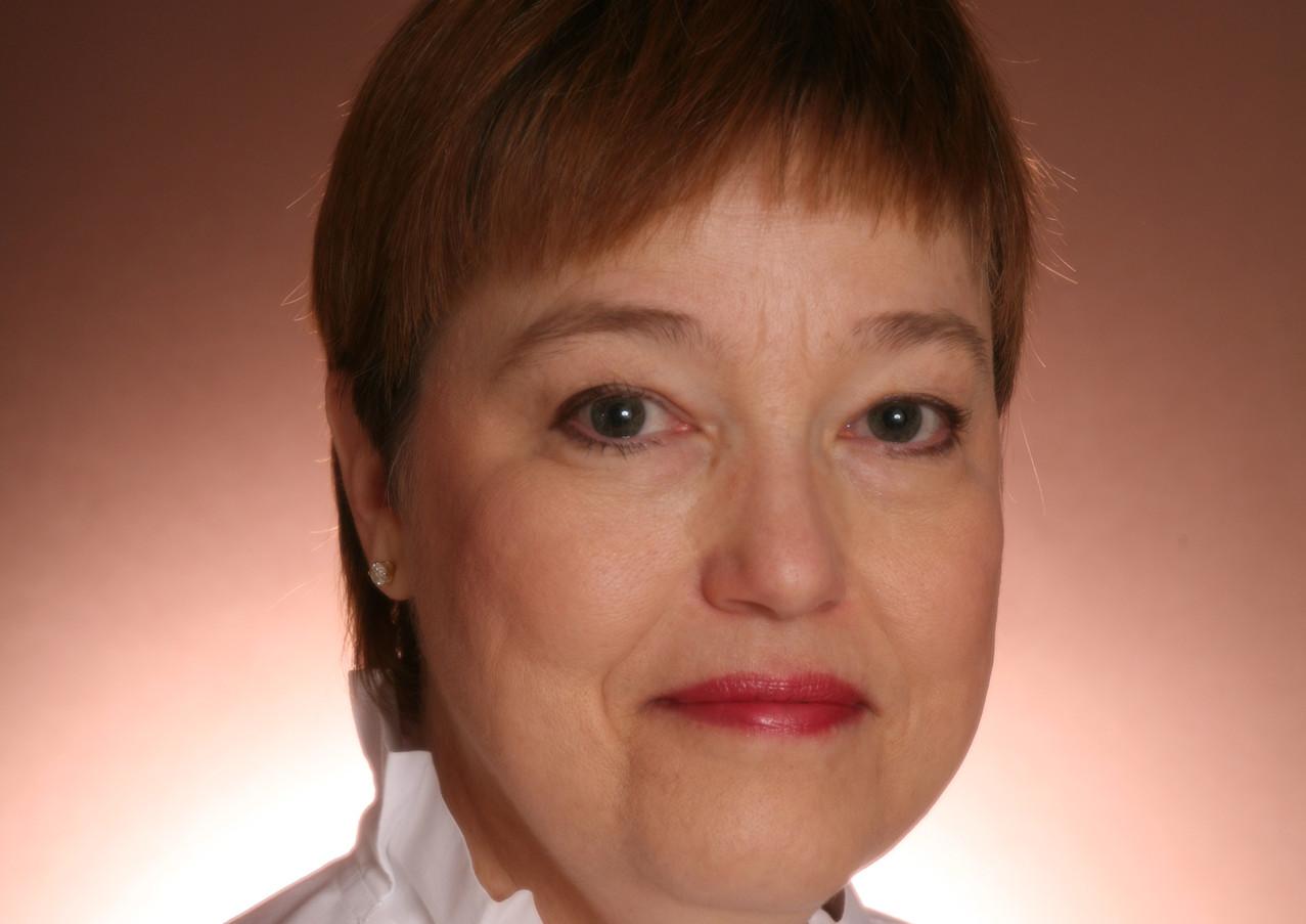 Dr. Janet Runge