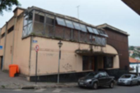 Cine_Teatro_Leon_fachada_atual_-_Divulga