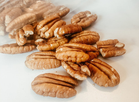 3 Reasons Pecans Curb Cravings