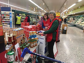 North Lakes Foodbank At Tesco
