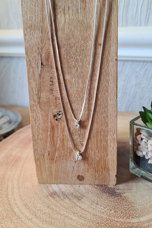 Lucia necklace available in silver and rose gold plated.